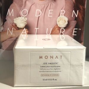 Monat Eye Smooth